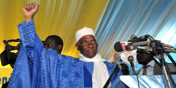 Abdoulaye Wade investi candidat à la présidentielle 2012.