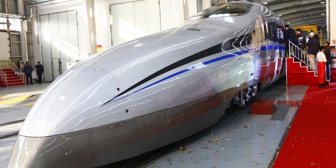 Le prototype de train à grande vitesse du constructeur CSR aurait atteint les 500 km/h.