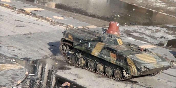 Une vidéo montre des chars se déplaçant dans la ville de Homs, le 26 décembre.