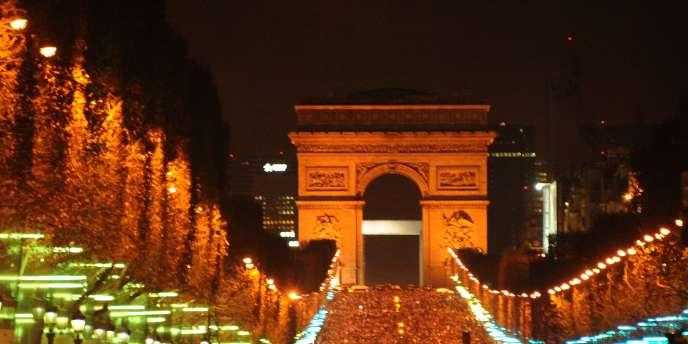 Les Champs-Elysées, le 1er janvier 2012.