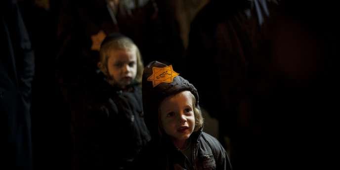 Une manifestation à Jérusalem de plusieurs centaines de juifs ultra-orthodoxes, samedi 31 décembre.