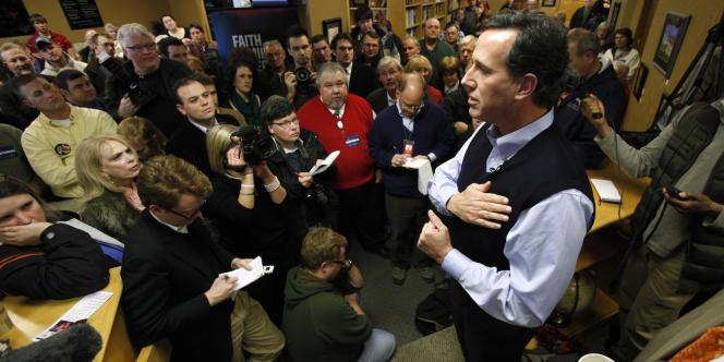 Faute de moyens financiers, Rick Santorum a mené une campagne locale intensive dans l'Iowa, pour rassembler l'électorat chrétien fondamentaliste.