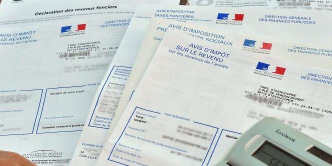 En considérant que la suppression de niches fiscales est une hausse alors que Hollande ne les a pas intégrées à son calcul, Ayrault contredit le chef de l'Etat sur la pause fiscale.