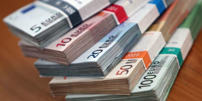 Les réserves de change de la zone euro dans son ensemble représentent plus de 900 milliards de dollars.