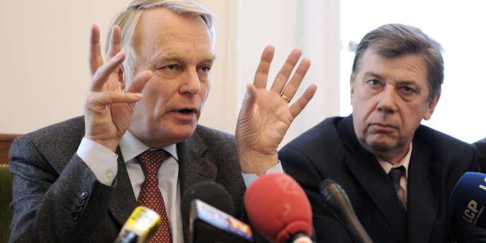 Didier Mathus, député de Saône-et-Loire, avec Jean-Marc Ayrault.