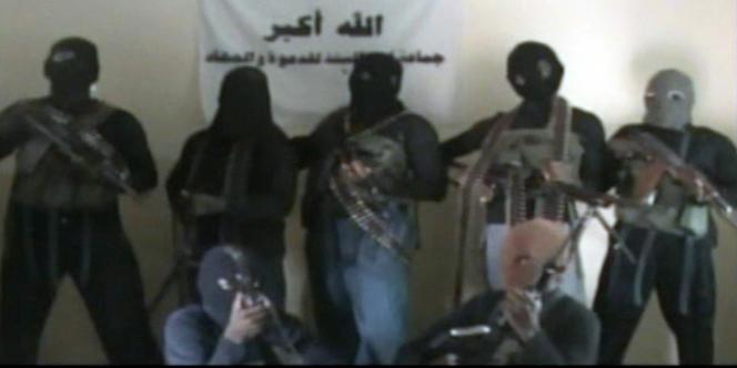 Image tirée d'une vidéo de 2010 montrant des membres de la secte Boko Haram.