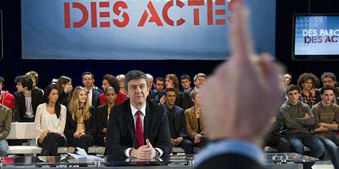 Le candidat du Front de gauche face au journaliste Fabien Namias.