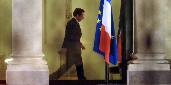 Nicolas Sarkozy à l'Élysée, le jour de l'annonce de la dégradation de la note de la France.