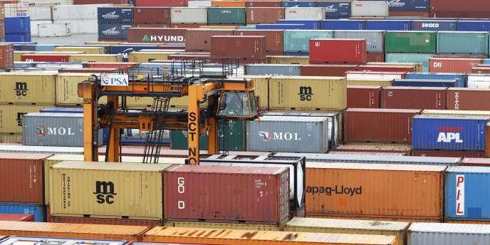 En avril 2014, les exportations françaises s'établissaient à 36milliards d'euros, un montant de 8% inférieur à celui des importations.