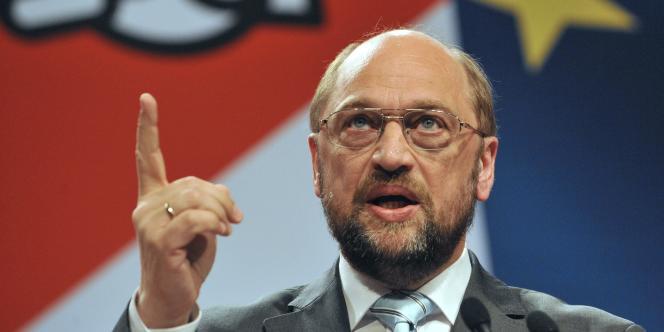 Martin Schulz, le social-démocrate allemand, a été élu mardi 17 janvier 2012 à la présidence du Parlement européen.