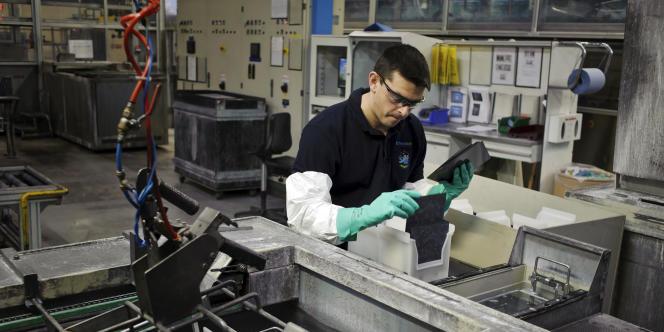 Pionnière du photovoltaïque en France,la société Photowatt de Bourgoin-Jallieu (Isère) avait été reprise par EDF en février 2012.