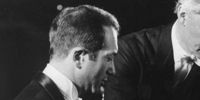 Célèbre pianiste, interprète de Bach et de Rachmaninov, Alexis Weissenberg est mort à Lugano (Suisse) le 8 janvier 2012.