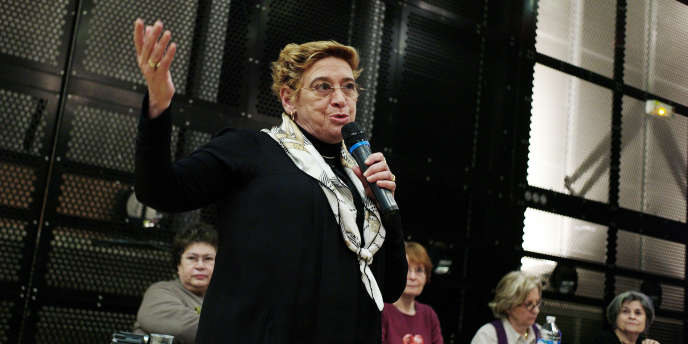 La députée PS Danièle Hoffman-Rispal, (ici, le 10 mars 2010 à Paris, lors d'une conférence de presse) avance l'argument de la parité pour justifier sa