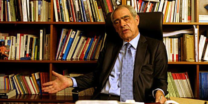 Henri Emmanuelli, député des Landes, le 18 janvier 2012.