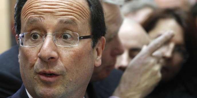 Le candidat socialiste en déplacement à Nantes le 19 janvier.