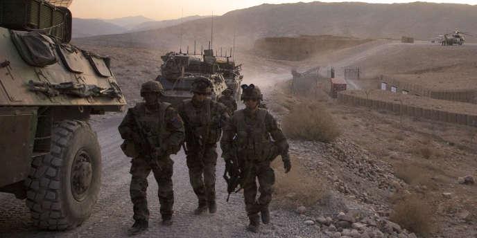L'inflexion française sur son engagement en Afghanistan, vendredi 20 janvier, donne lieu à d'intenses explications avec Washington.