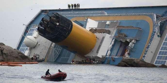 L'épave du Costa Concordia, le 19 janvier 2012.