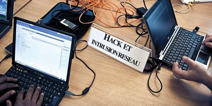 Atelier Hack et intrusion reseau. Ateliers du /tmp/lab au CNAM organises par la Gaite Lyrique.
