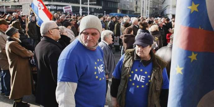 Manifestation contre l'entrée dans l'Union européenne, samedi 21 janvier dans la capitale croate Zagreb.