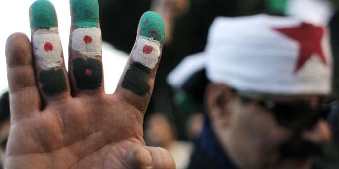 Manifestation hostile au régime de Bachar Al-Assad, le 22 janvier 2012, devant le siège de la Ligue arabe.