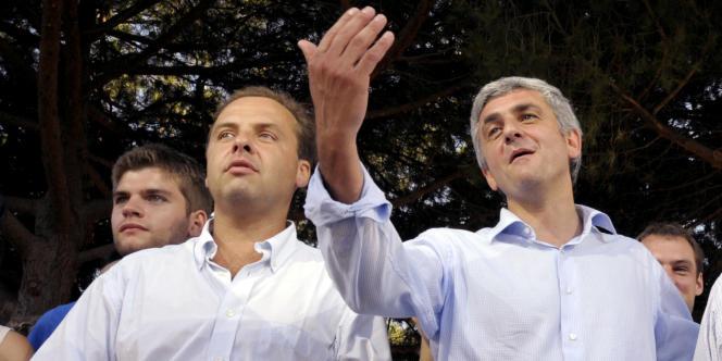 Le député du NC Jean-Christophe Lagarde (G) va annoncer qu'il soutient Nicolas Sarkozy plutôt qu'au président de son parti Hervé Morin (D).