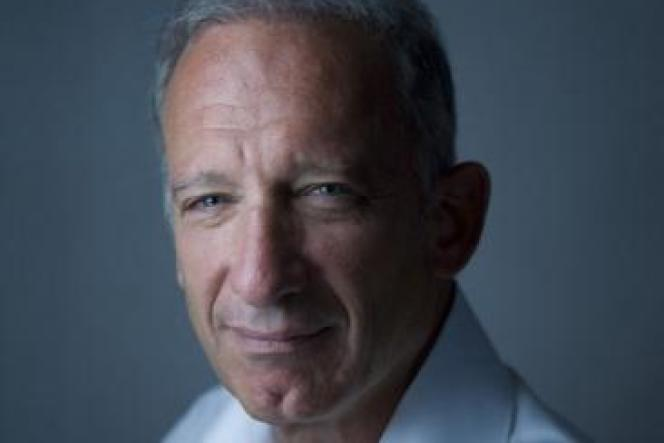 Le professeur de cardiologie Olivier Ameisen.
