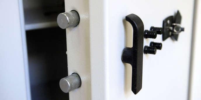 En 2011, près de 45 000 foyers français ont acheté un coffre pour l'installer à leur domicile.