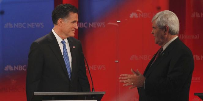 Mitt Romney et Newt Gingrich, le 23 janvier 2012 à Tampa, en Floride.