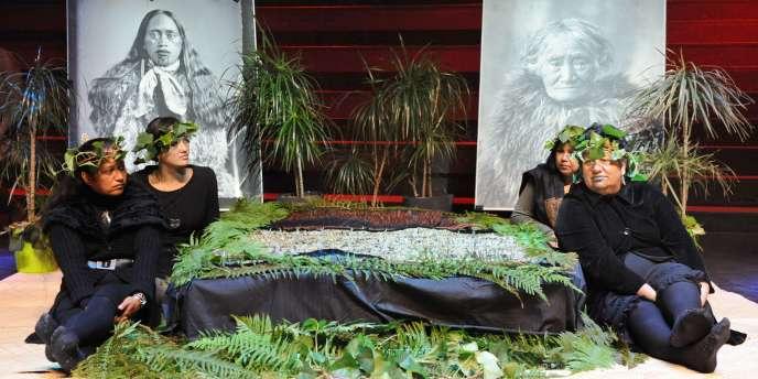 Cérémonie de restitution des vingt têtes maories à la Nouvelle-Zélande, le 23 janvier, au Quai Branly à Paris.