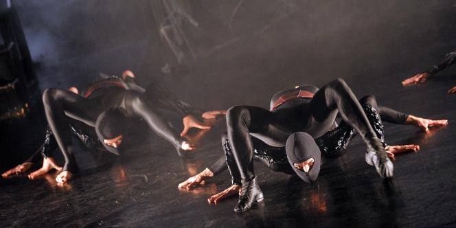 Spectacle de la compagnie de danse Varidance au Théâtre national de danse de Budapest, fin décembre 2011.