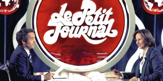 Le plateau du Petit Journal, l'émission présentée par Yann Barthès du début de soirée de Canal+.
