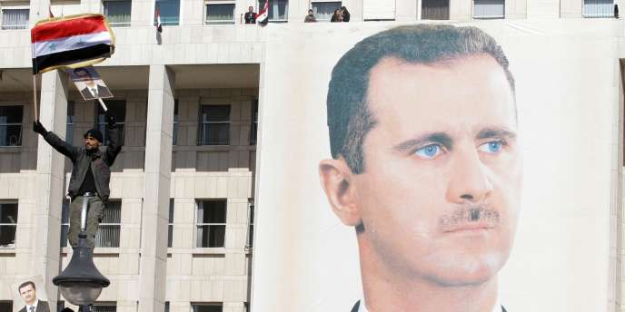 Ce vote a été qualifié, à la fois par l'opposition syrienne et par la communauté internationale de mascarade.