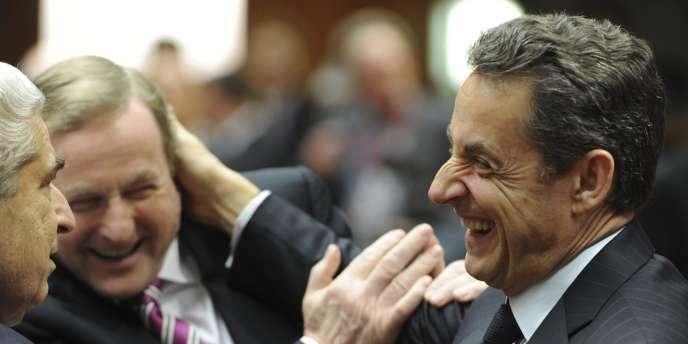 Nicolas Sarkozy en compagnie du président chypriote et du premier ministre irlandais pendant le sommet européen du 30 janvier 2012.