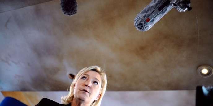 Marine Le Pen après une conférence de presse à Paris, le 1er février, sur les DOM-TOM.