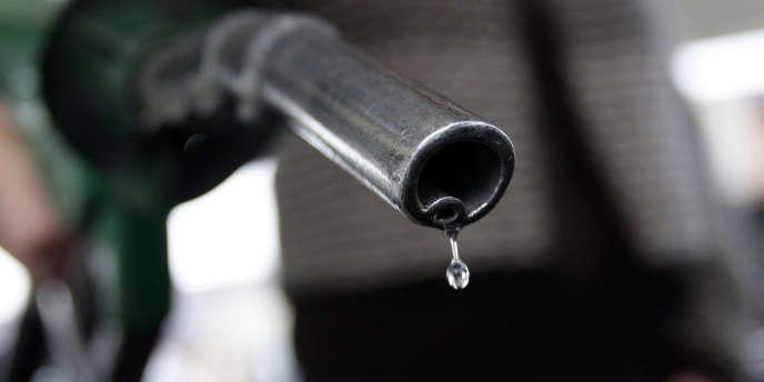 Chevron, Total, Esso et Shell sanctionnés pour «entente illicite».