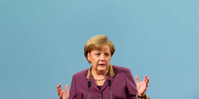 La chancelière allemande se dit favorable à une utilisation plus flexible des fonds européens, mais refuse toute renégociation du pacte budgétaire européen.