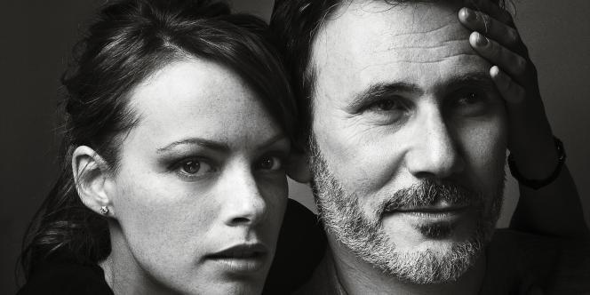 Rudy Vaks pour M Le magazine du MondeMichel Hazanavicius avec sa compagne Bérénice Bejo,  la partenaire de  Jean Dujardin dans The Artist.