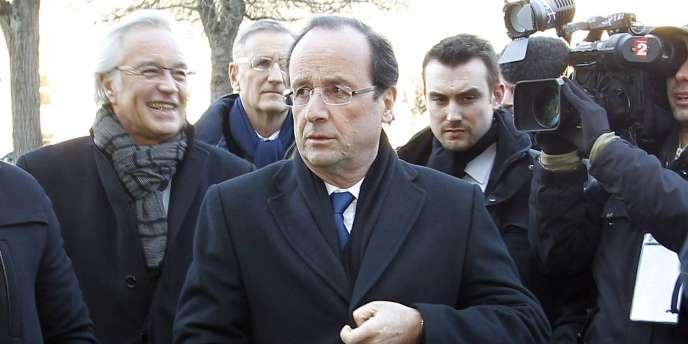 Le candidat socialiste François Hollande à Dijon, le 6 février 2012.