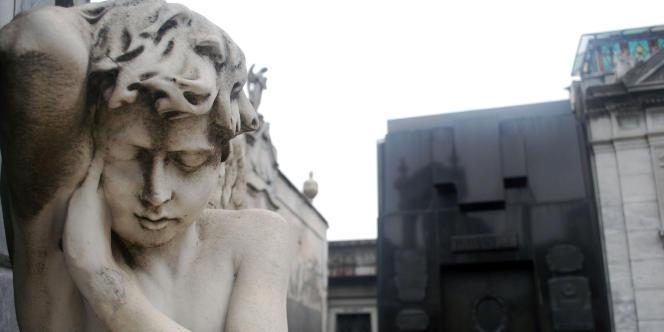 Pour le professeur Michel Debout, il faut imputer à l'augmentation du chômage entre 2008 et 2011 un surcroît de 750 suicides et 10 780 tentatives.