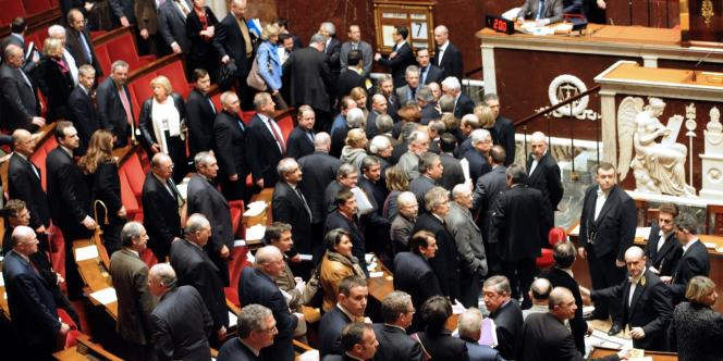 Fait rare, les députés UMP et les membres du gouvernement ont quitté en masse l'hémicycle, après les propos de Serge Letchimy.
