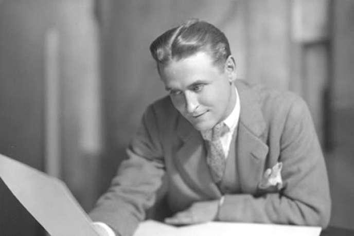 Francis Scott Fitzgerald, ici vers 1925, entre dans La Pléiade.