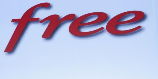 Les responsables du fournisseur d'accès Free, dont Xavier Niel, ont multiplié les attaques contre YouTube.