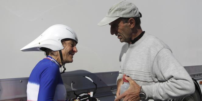 Jeannie Longo et Patrice Ciprelli aux 30es Chronos des nations. Les Herbiers, le 30 octobre 2011.