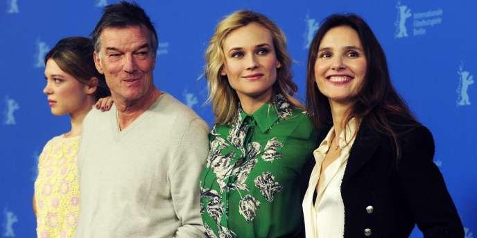De gauche à droite : Léa Seydoux, Benoît Jacquot, Diane Kruger et Virginie Ledoyen lors de la conférence de presse du film