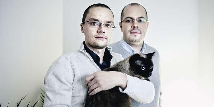 Philippe Galibourg  cadres dans les télécommunications, 34 ans, et Cédric Balasse, aide-soignant, 33 ans, Saint-Denis.