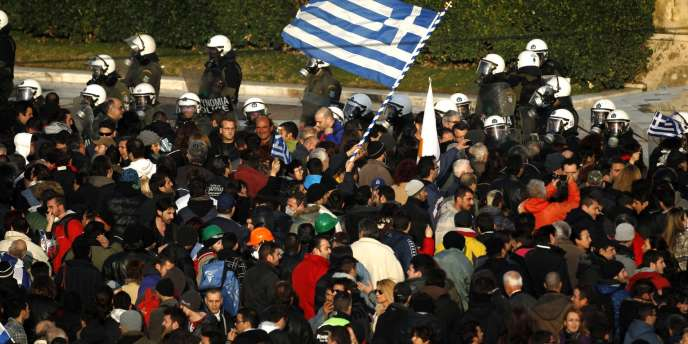 Manifestation devant le Parlement à Athènes, le 12 février.