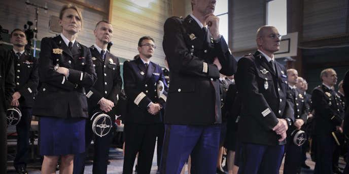 Le chef de l'Etat inaugurait, lundi, le siège de la direction de la gendarmerie nationale dans les Hauts-de-Seine.