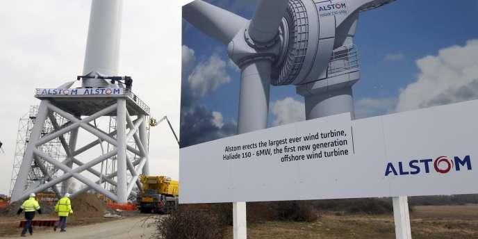 Cette première éolienne offshore en France doit servir de test pour les cinq premiers champs d'éoliennes offshore qui vont être établis au large des côtes françaises.