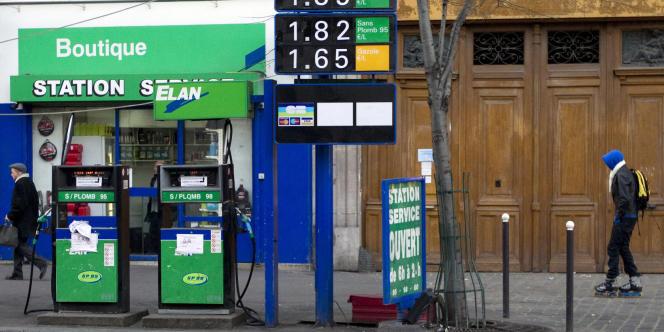 Seul le gazole se maintient en-dessous de son prix record, établi en 2008.