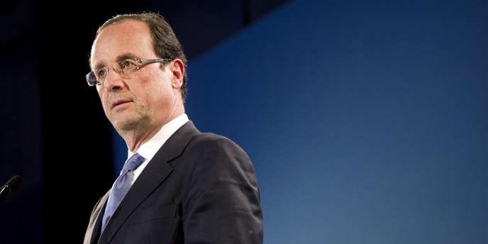 François Hollande, le 30 janvier à Brest.